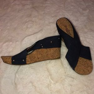 Lucky Brand Miller 2 Navy Wedges Size 8.5 NWOB